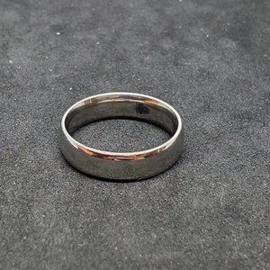Size 9 Stainless Steel Ring Band Style Wedding